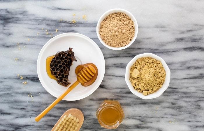Giảm cân bằng nghệ với mật ong